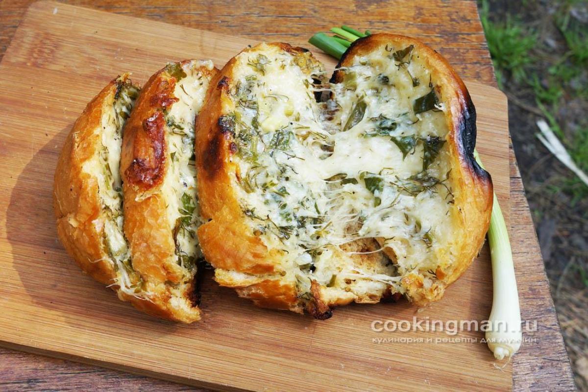 Батон запеченный в духовке с сыром и чесноком рецепт пошагово