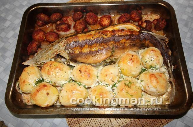 Стерлядь с картошкой и шампиньонами