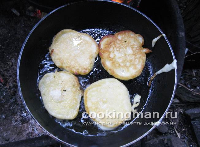 Как приготовить оладьи из кислого молока рецепт пошаговый